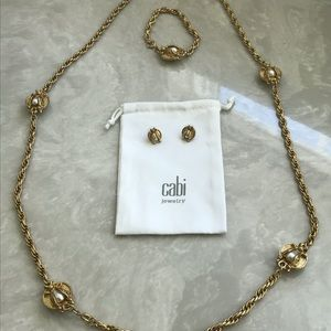 Cabi The Buzz jewelry set